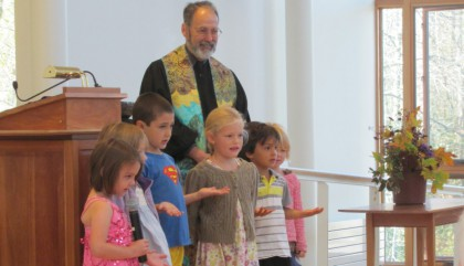 Rev. Barnaby Feder and CVUUS children